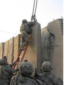 Guarding the Sadr City wall