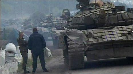 Russian T-90 tanks